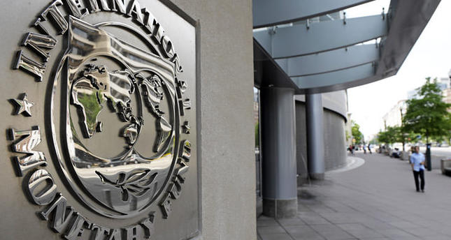 Serbia reaches loan deal with IMF
