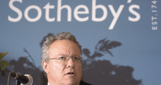 Sotheby's auction house CEO to step down after weak sales