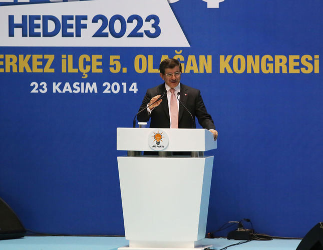 Main opposition on the brink of falling apart, blames MİT