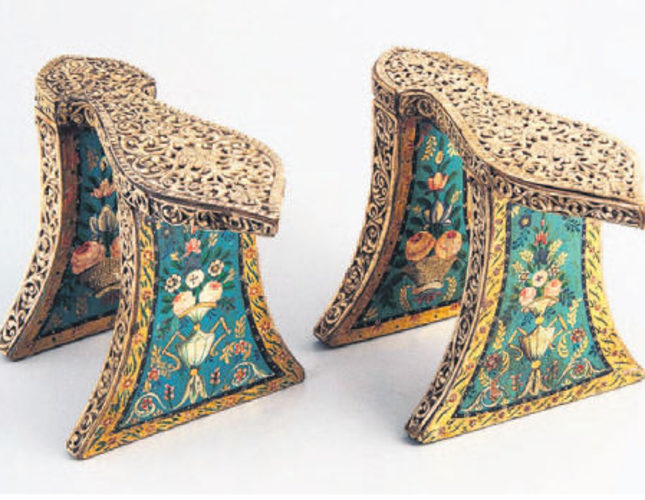 Centuries-old shoes highlight history of Ottoman women's footwear