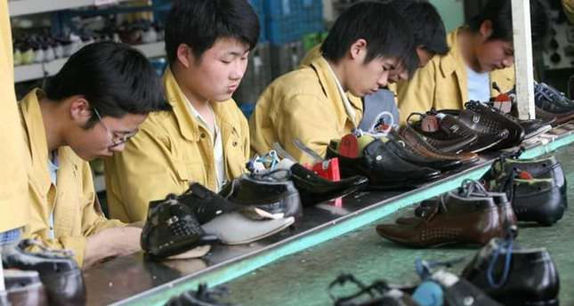 Toxic shoe scare emerges after customs slip-up