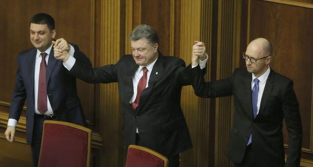 Ukraine Parliament re-elects Yatsenyuk as prime minister