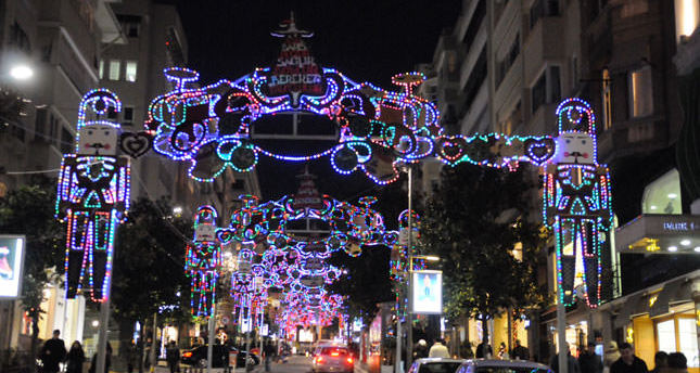 Christmas countdown: As the bell tolls in Istanbul