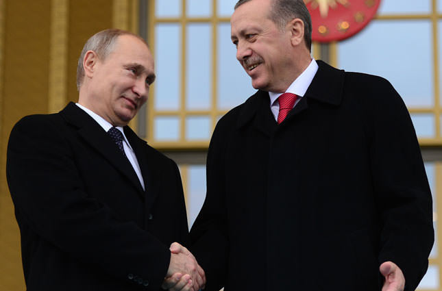 Turkey and Russia initial deals to further cultivate trade ties