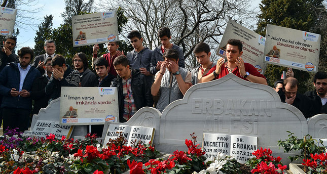 Erbakan commemorated on anniversary of his death