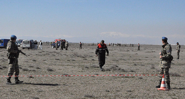 Turkish military aircraft crashes, two pilots dead