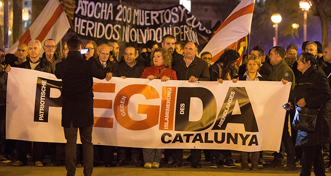 Spain hosts first march of far-right movement PEGIDA