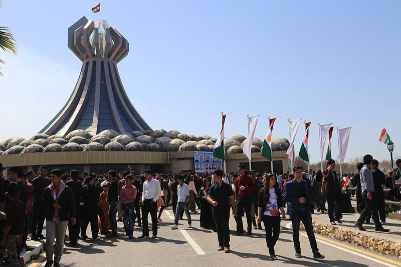 Ceremonies were held in Northern Iraq and Martyrs Monument of Halabja to commemorate 27th anniversary of chemical attack  Photo: AA