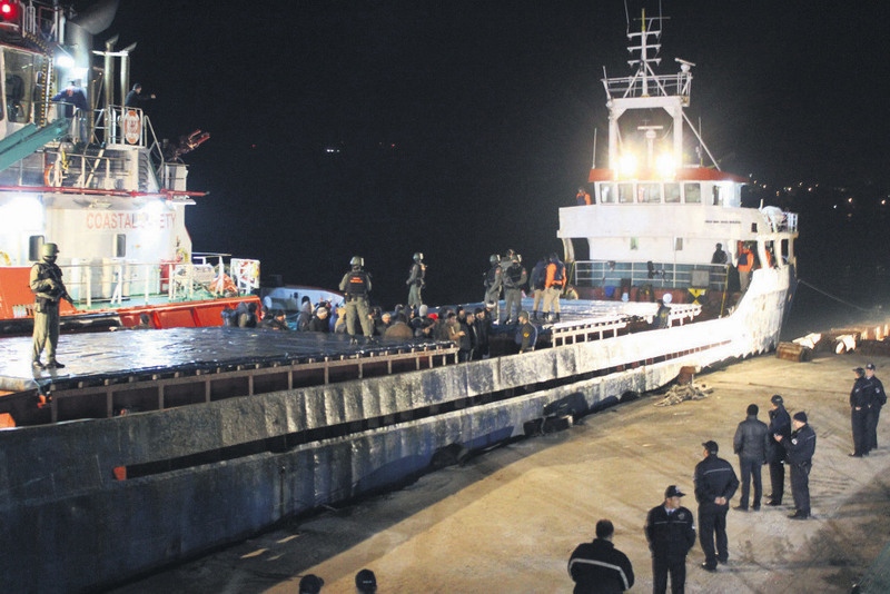 A vessel carrying over 300 illegal immigrants from Syria was stopped off the coast of u00c7anakkale on March 12. Authorities fear ships hailing from Syria may be used for sneaking weapons and terrorists posing as refugees into Turkey on the ships.