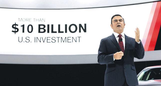 Nissan boss Ghosn pledges self-driving cars in Japan in 2016