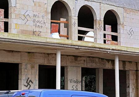 A half-built mosque in the town of Dormagen was another victim of vandalism targeting the muslim minority in Germany on Dec 22, 2014 (DPA Photo)