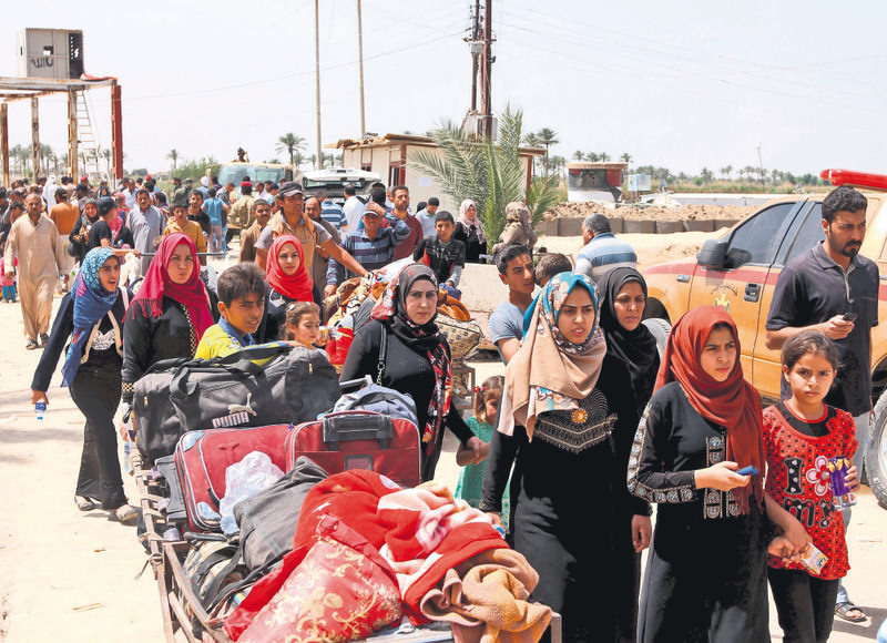 At least 90,000 Iraqis fled from ISIS violence in Ramadi and the number is likely to rise.