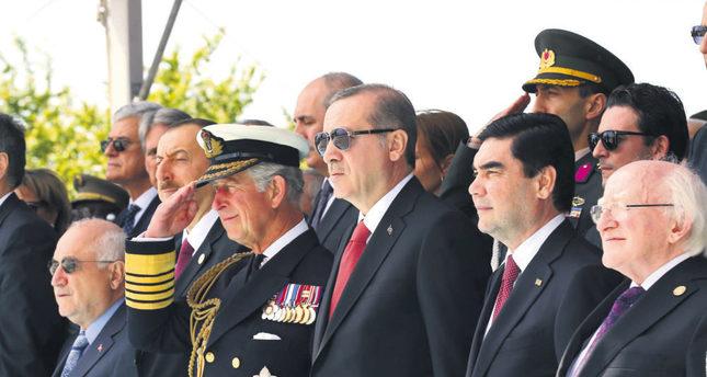 From left to right: Parliament Speaker Cemil Çiçek, Azeri President Ilham Aliyev, Prince Charles, President Recep Tayyip Erdoğan, Turkmen President Gurbanguly Berdimuhamedow and Irish President Michael D. Higgins. (DHA Photo)