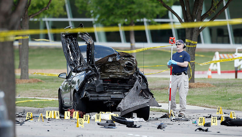 FBI crime scene investigators document evidence outside the Curtis Culwell Center, Monday, May 4, 2015, in Garland, Texas (AP Photo)
