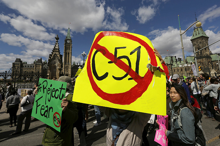 People take part in a demonstration against Bill C-51, the Canadian government's proposed anti-terror legislation, in Ottawa April 18, 2015 (Reuters Photo)