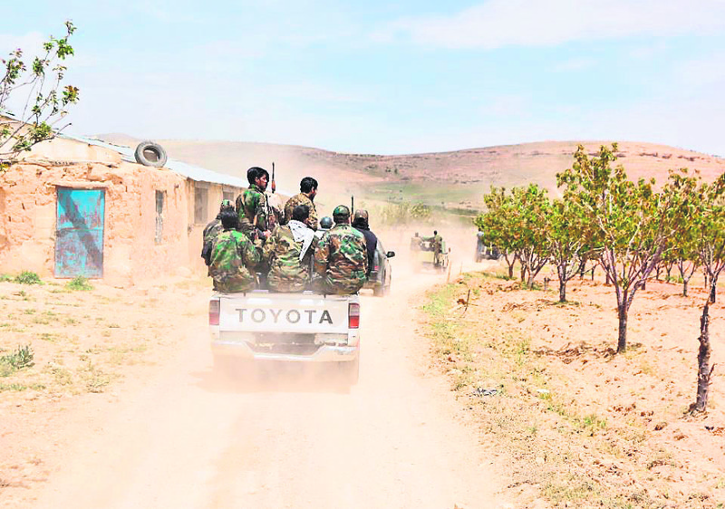 Regime forces head to the front in Idlib's rural areas.