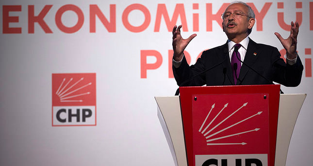 Republican People's Party (CHP) leader Kemal Kılıçdaroğlu speaks at a press conference during a general election campaign in Istanbul, Turkey, 21 May 2015 (EPA Photo)