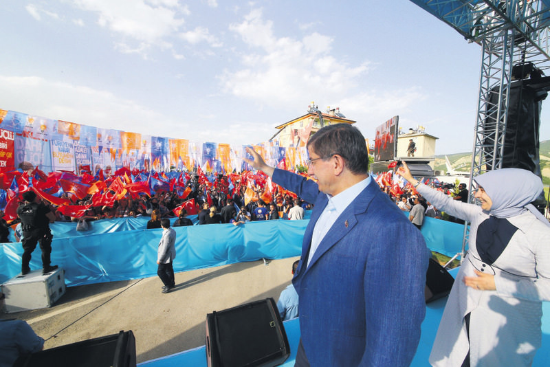 Prime Minister Davutou011flu addresses supporters at a rally in Tunceli province.