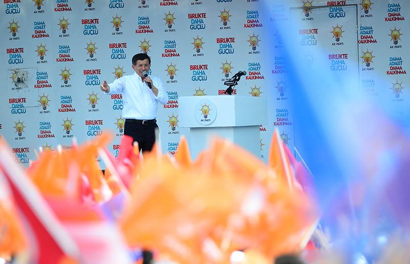 Ahmet Davutou011flu addresses crowds at AK Party's Ku0131ru0131kkale meeting (AA Photo)