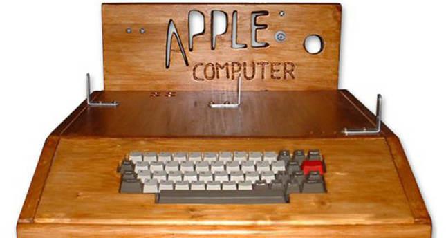 Woman tosses vintage Apple computer valued at $200K