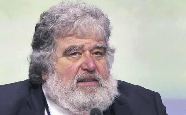 Chuck Blazer, the face of North American football for two decades, pleaded guilty to racketeering, part of a massive U.S. corruption case targeting world football's governing body.