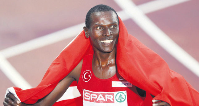 Turkish athlete Arıkan wins gold medal at the 19th European Cup 10,000m