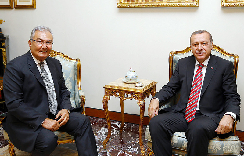 Former CHP Chairman Deniz Baykal (L) with President Erdou011fan (R) in Ankara on June 10, 2015 (u0130HA Photo)