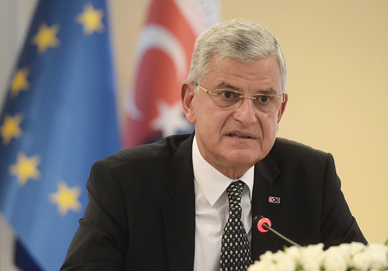 Minister of EU Affairs and Chief Negotiator Volkan Bozku0131r speaking at a press conference on June 10, 2015 (AA Photo)