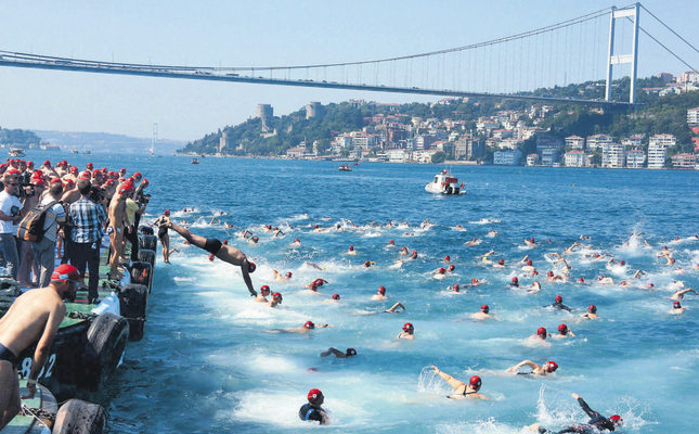 Foreigners eager to swim in Bosphorus race