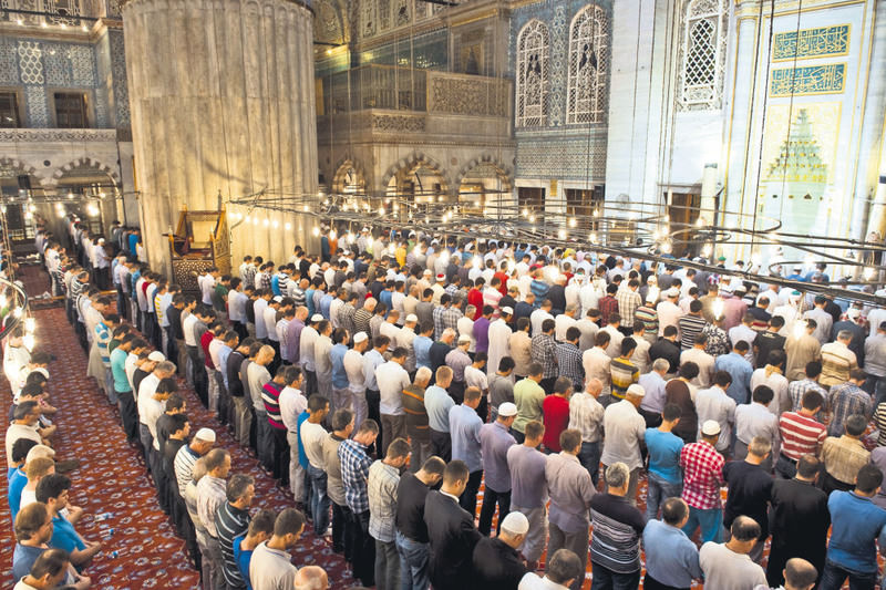 Teravih, the special Ramadan prayer that takes place a few hours following an iftar, being conducted in Istanbul.