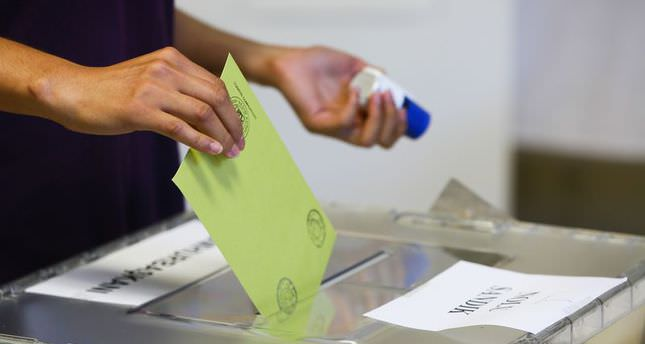 Turkey's electoral board defines early election procedure if coalition government not formed