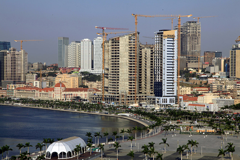 A general view Luanda, Angola's capital is seen in this picture taken May 15, 2015 (REUTERS Photo)