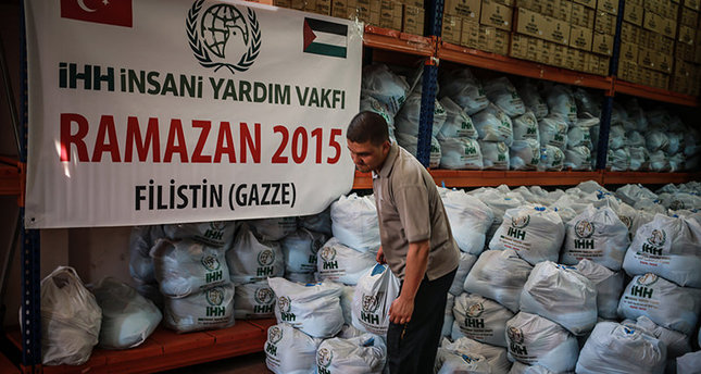 IHH workers prepare Ramadan aid to be delivered to numerous countries including Palestine (AA Photo)