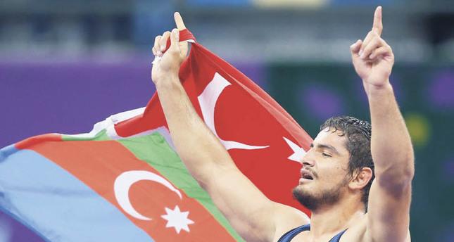 Akgül flies the flags in Baku