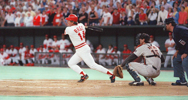 Baseball's all-time hit king Pete Rose bet as player, according to new reports