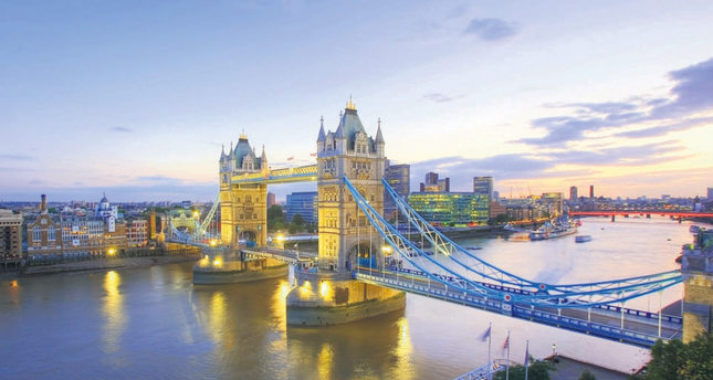 Londoners dream of swimming in the River Thames soon