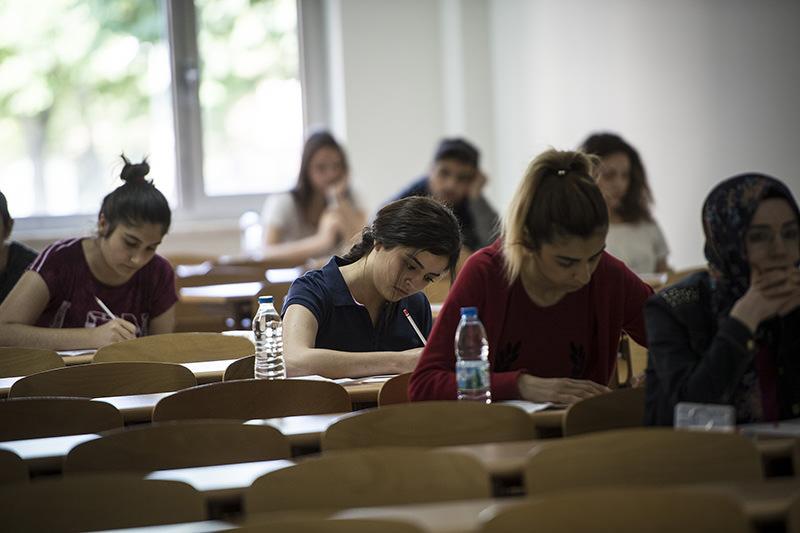 Students taking the Turkish language-geography session of the university entrance exam, LYS-3 (AA Photo)