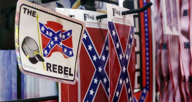 Big retailers feel pressure on Confederate flag merchandise