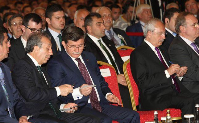 PM Ahmet Davutoğlu, (C) and CHP leader Kemal Kılıçdaroğlu (R) attending the 26th general congress of Turkish Union of Agricultural Chambers (TZOB).