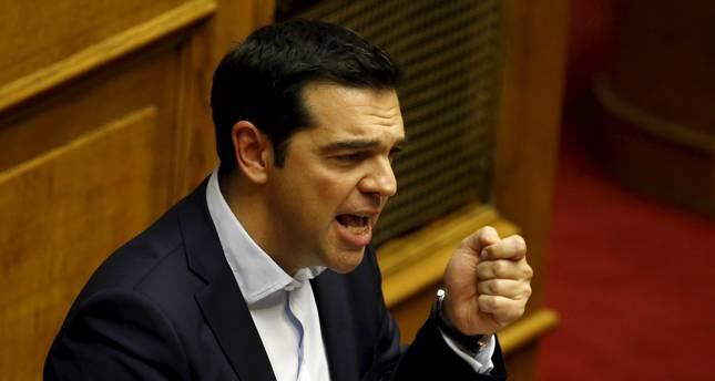 Tsipras calls for 'emphatic no' in bailout referendum