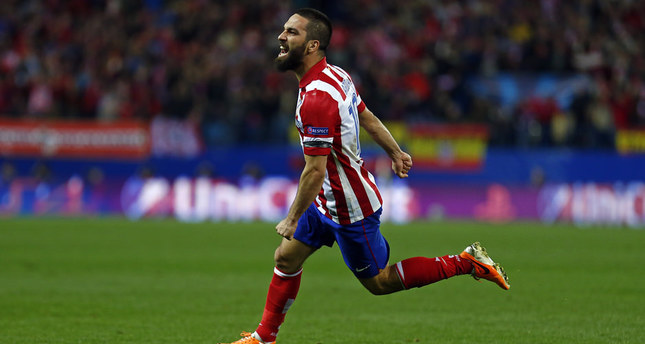 Barcelona gets involved in transfer for Turkish winger Arda Turan