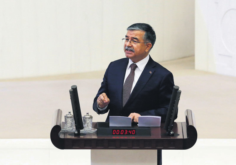 u0130smet Yu0131lmaz, former defense minister from AK Party has been elected the speaker of the Parliament