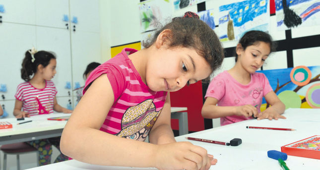 Therapy center looks to heal wounds of Syrian children of war