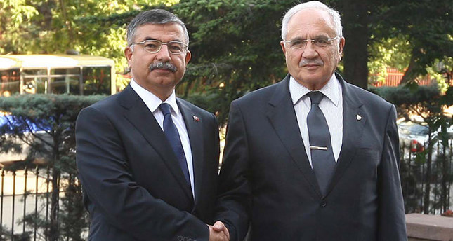 Vecdi Gönül (R) with İsmet Yılmaz, who was recently elected as the parliamentary speaker. (Sabah Photo)