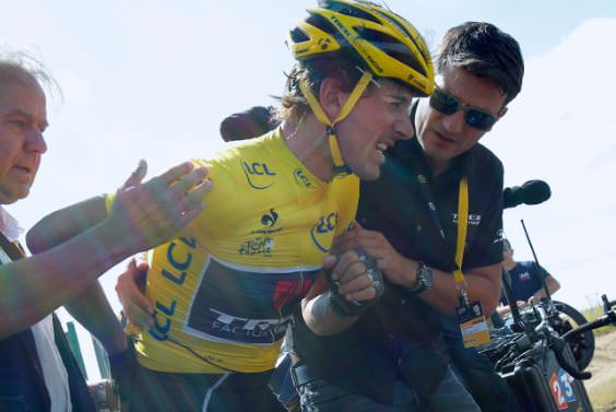 Fabian Cancellara, the former yellow jersey bearer also got injured at the accident.