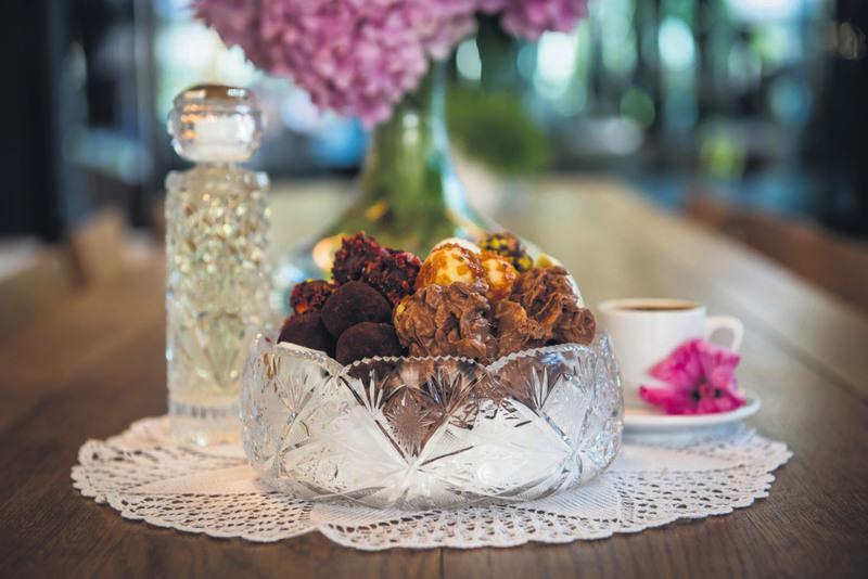 All sorts of sweets, including chocolate, Turkish delight and wrapped candy are considered as Ramadan eid essentials, which are offered to family and friends during house visits.