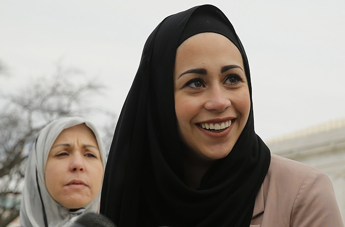 Muslim woman Samantha Elauf (R), who was denied a sales job at an Abercrombie Kids store in Tulsa in 2008