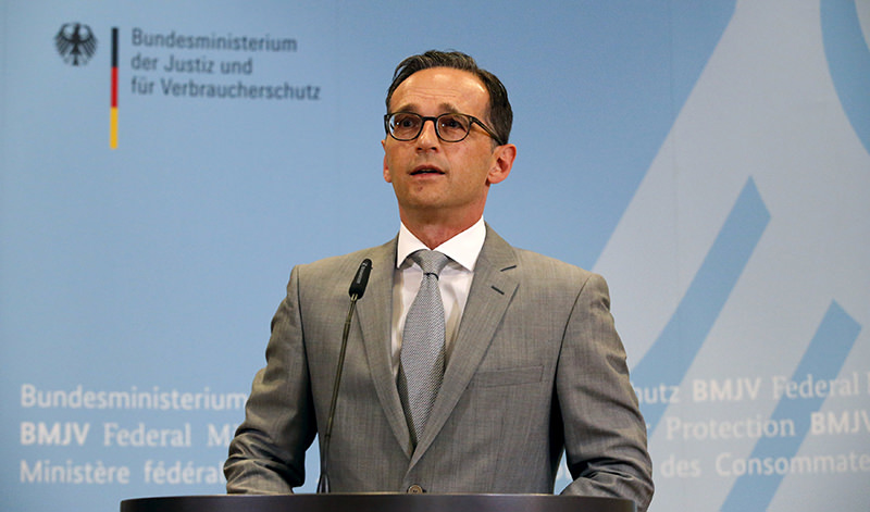 German Justice Minister Heiko Maas gives a statement to the media at the Ministry of Justice in Berlin, Germany, August 4, 2015  (Reuters Photo)