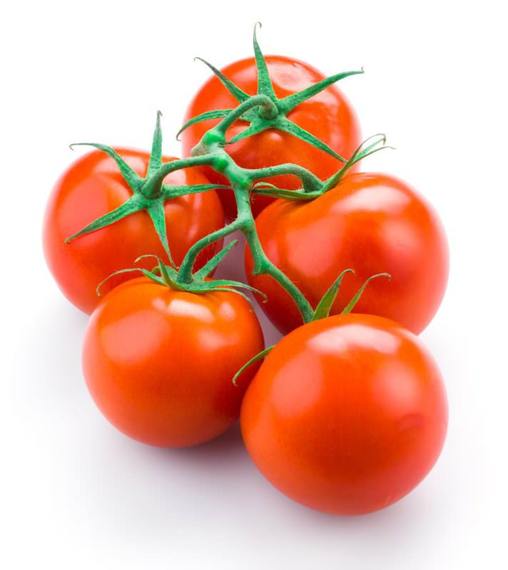 Foods with lycopene such as tomatoes rejuvenate the skin. It is one of the prominent substances that protects the skin from the bottom layer to the top.