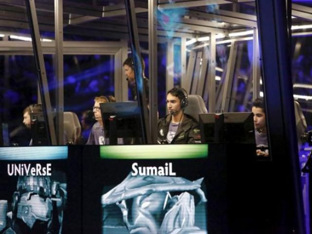 Sumail Hassan, from Karachi made history once again on Saturday when he helped his team, Evil Geniuses, win the Dota 2 International 2015 tournament in Seattle (Reuters photo)
